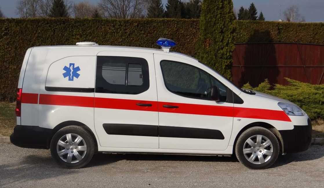 Автомобиль скорой помощи пежо