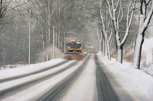 Уборка снега и гололеда Украина