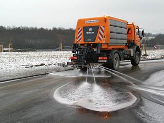 Уборка снега и льда в Швеции