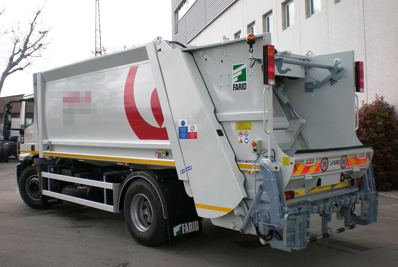 большегрузный мусоровоз