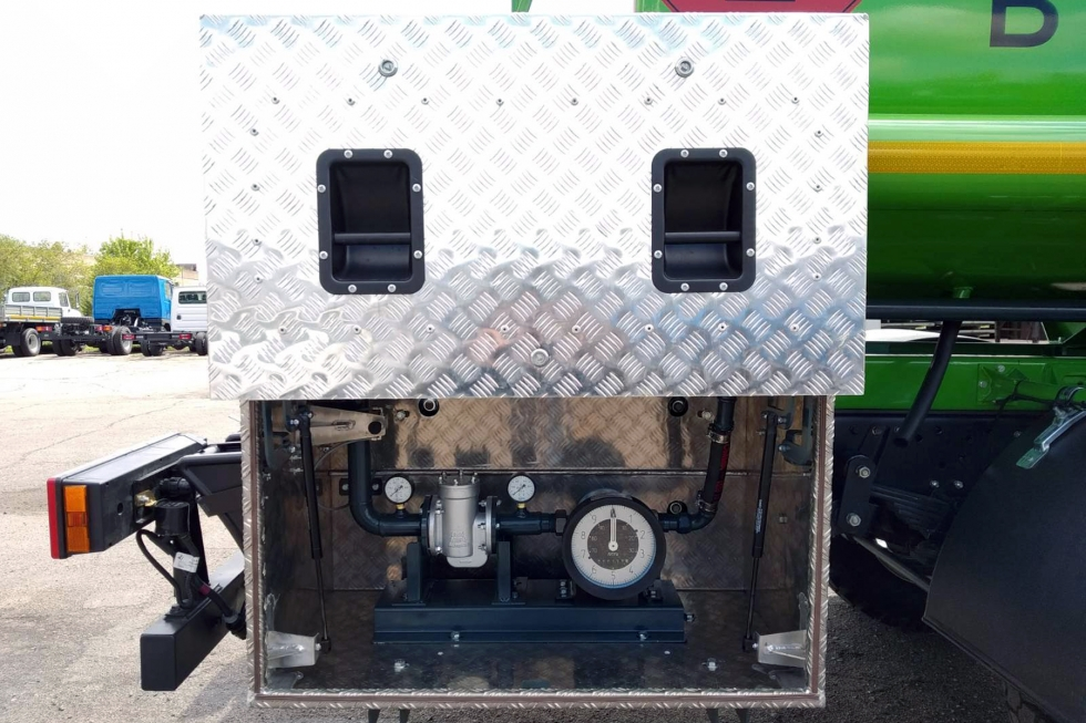 Топливозаправщики от Техкомплект