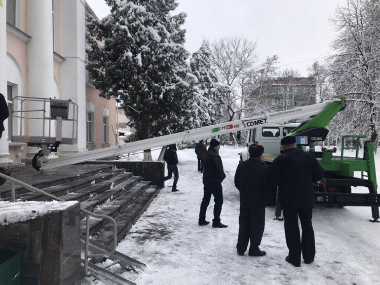 Как использовать зимой автовышки Техкомплект