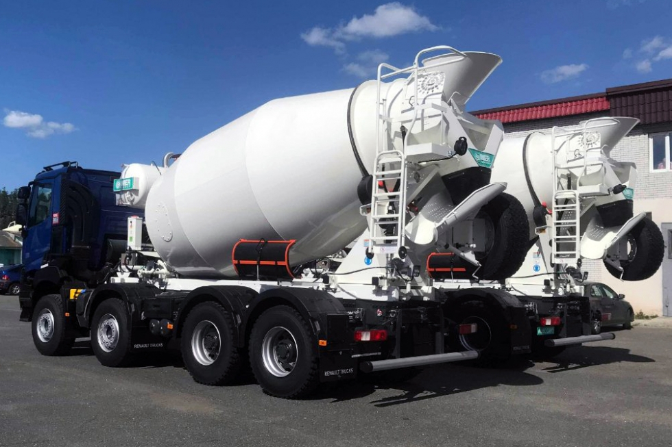 автобетоносмеситель imer на базе renault truck