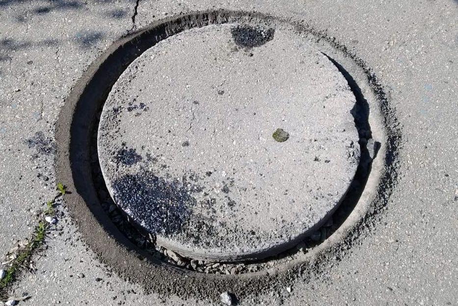 Фрезеровка отверстий под канализационные люки