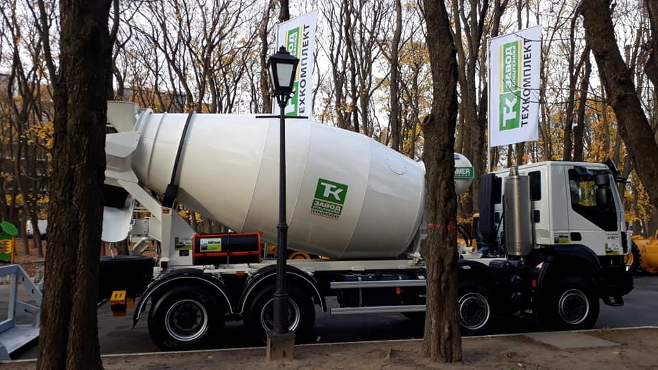 автобетоносмесители на грузовых шасси
