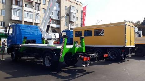 ТЕХКОМПЛЕКТ в Житомире - выставка крупногабаритных машин совместного производства Украина-Беларусь